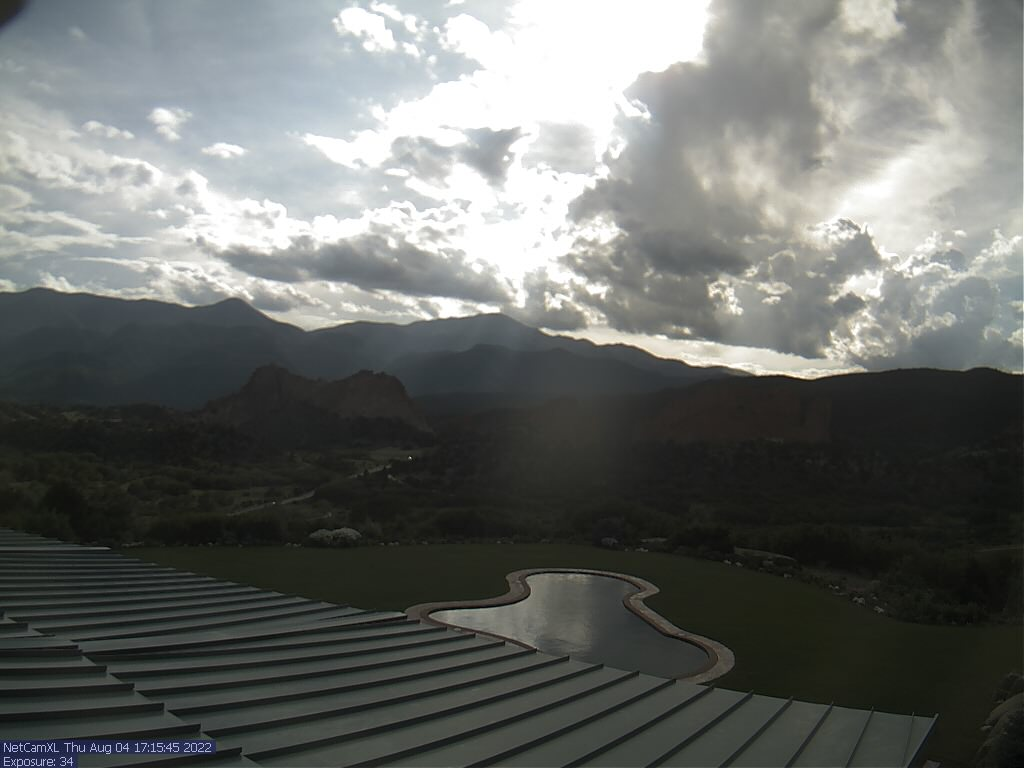 Live view of Garden of the Gods and Pikes Peak